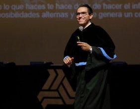 Durante la Cátedra Prima de la Facultad de Ingeniería, Juan Ángel Ortega Salcedo, orgulloso lasallista, incentivó a los alumnos a ser emprendedores.